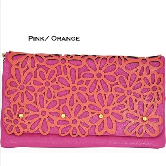 MoDa New York Handbags - Pop N Daisy Floral Statement Crossbody/Clutch